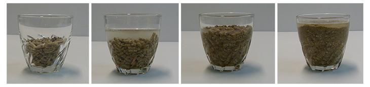 A Senior pellet 150 ml víz hozzáadásával 10 perc után